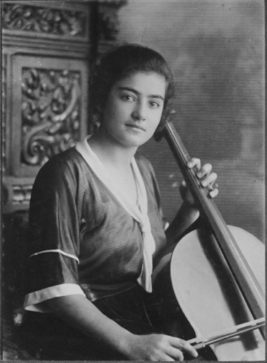 Frieda playing the cello